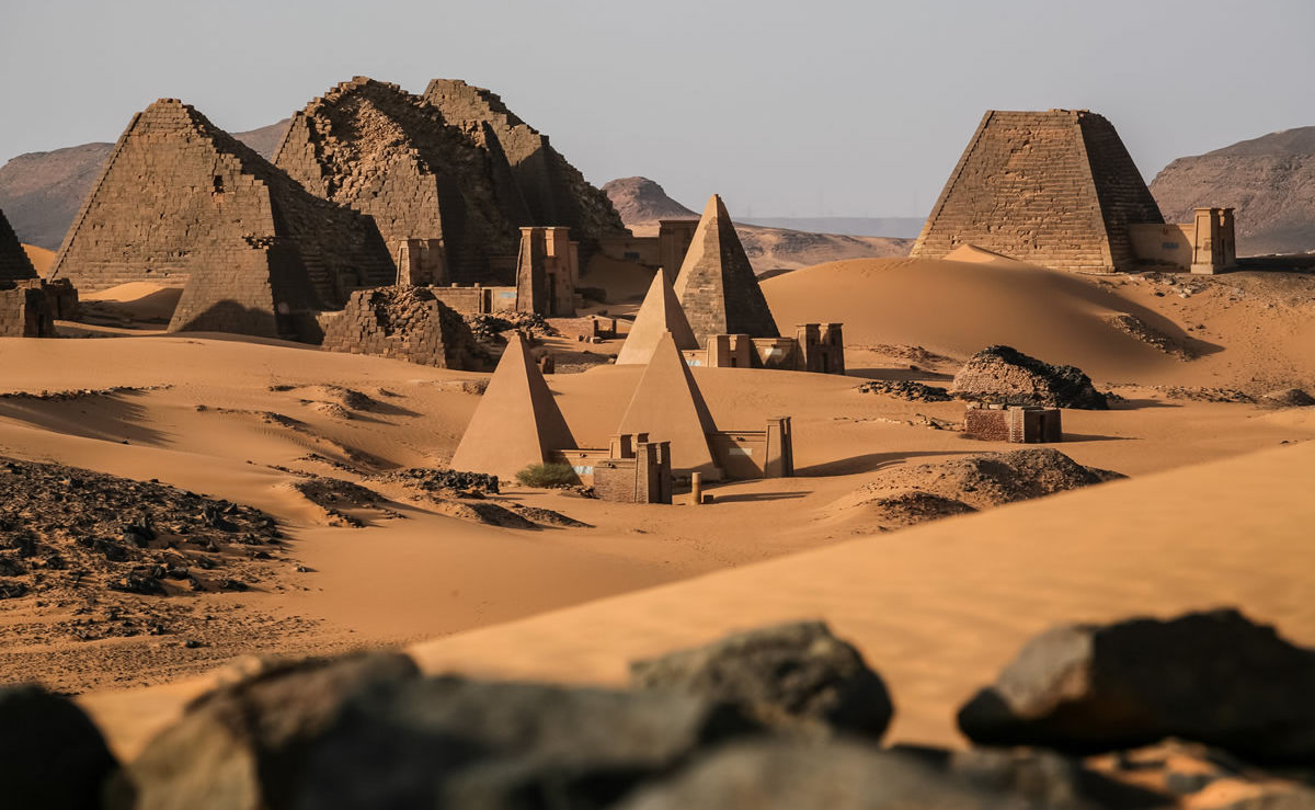 Pyramiden von Meroe in der Sahara-Wüste im Sudan