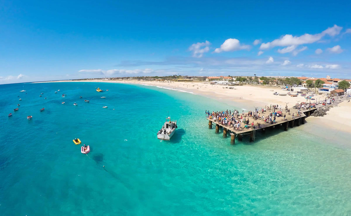 Strand von Santa Maria in Sal auf den kapverdischen Inseln
