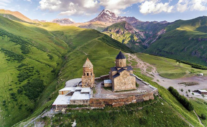 Gergetier Dreifaltigkeitskirche in Georgien